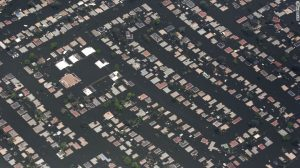 A neighbourhood east of downtown New Orleans. 30 August 2005.